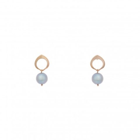 Cocochnik earrings grey pearls